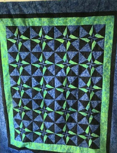 Bee's quilt shop day and night quilt class
