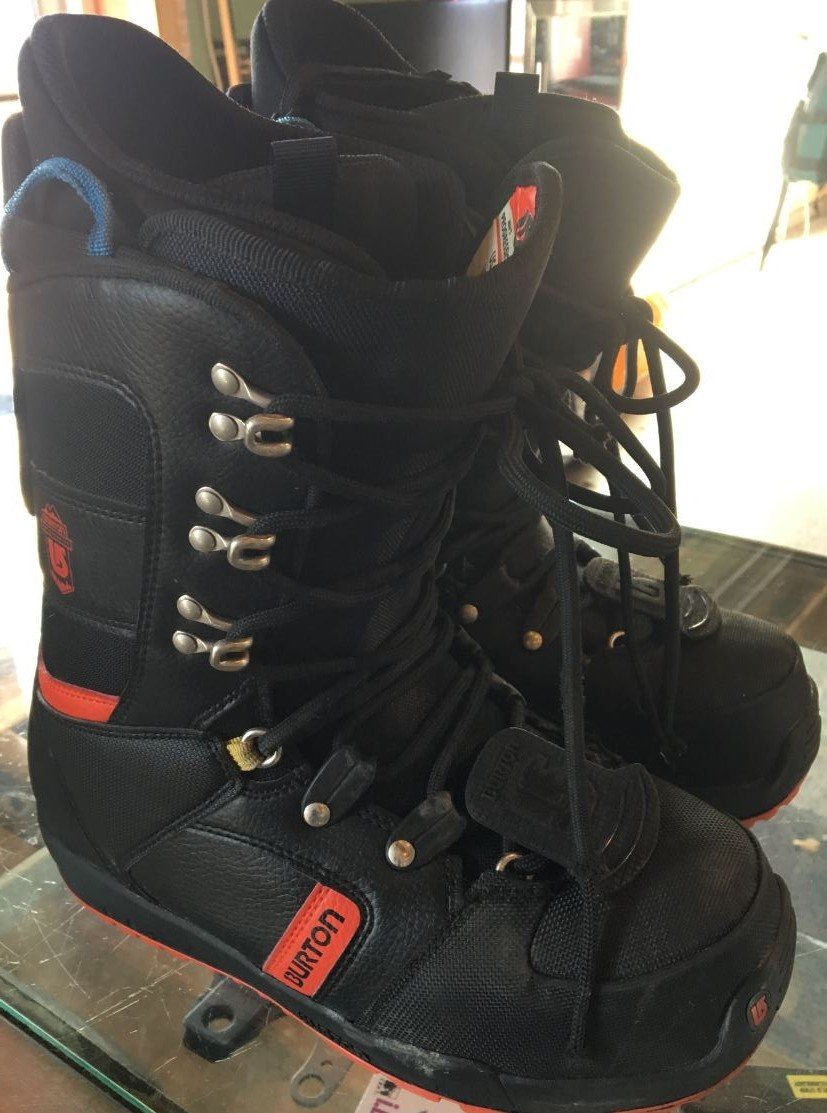 Consign - Burton Boots, Size 8