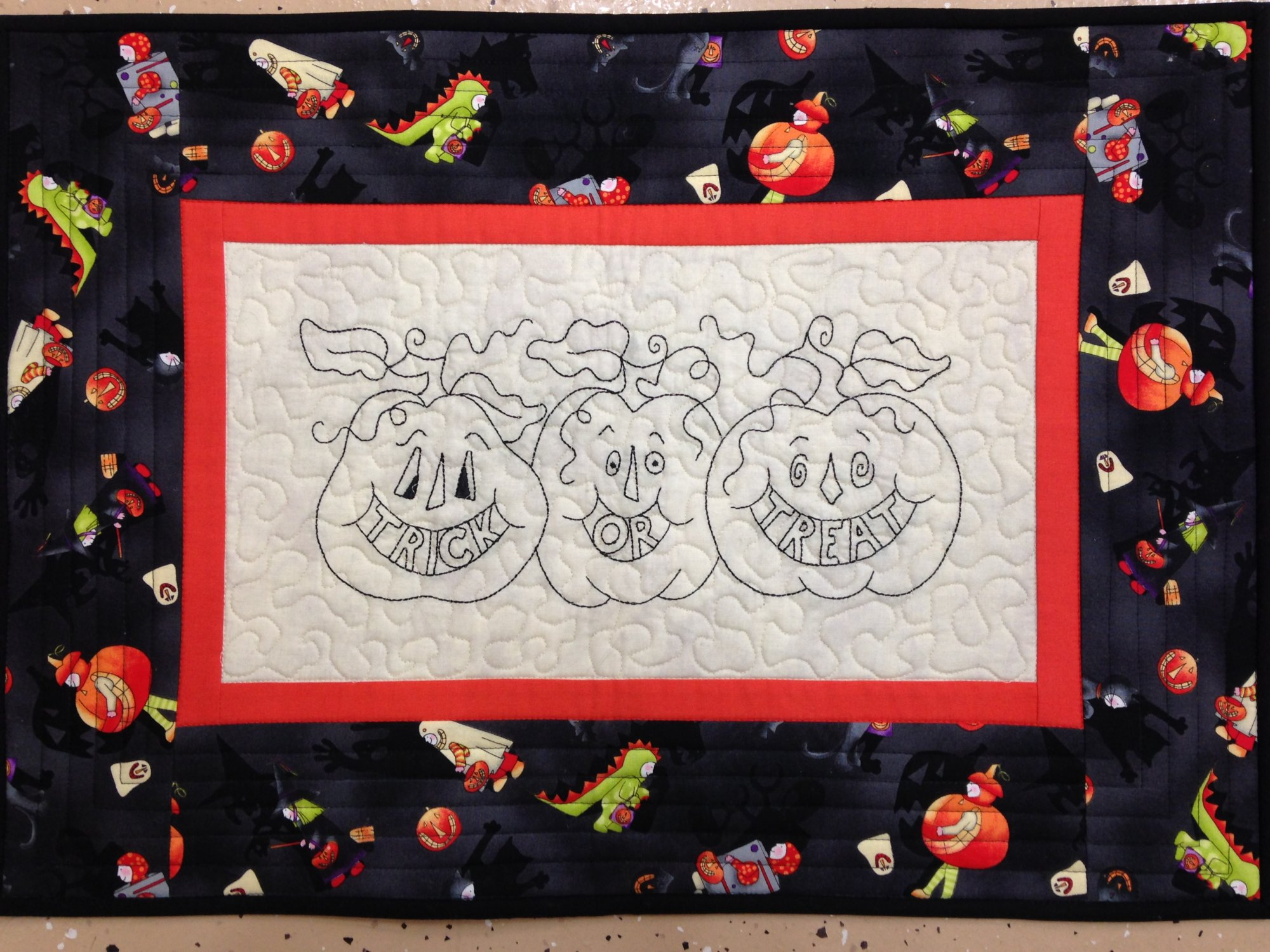 Trick or Treat Pre-embroidered Wall Hanging Kit