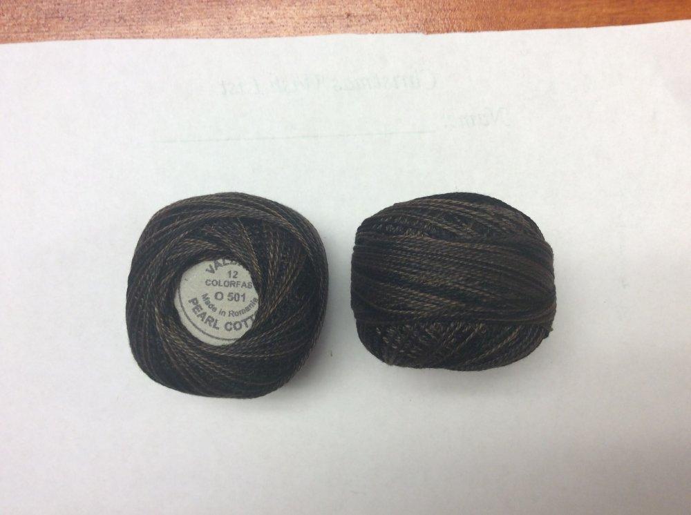 0501 Valdani 12 thread variegates