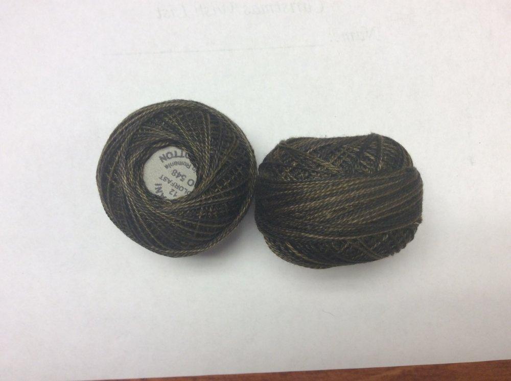 0548 Valdani 12 thread variegates