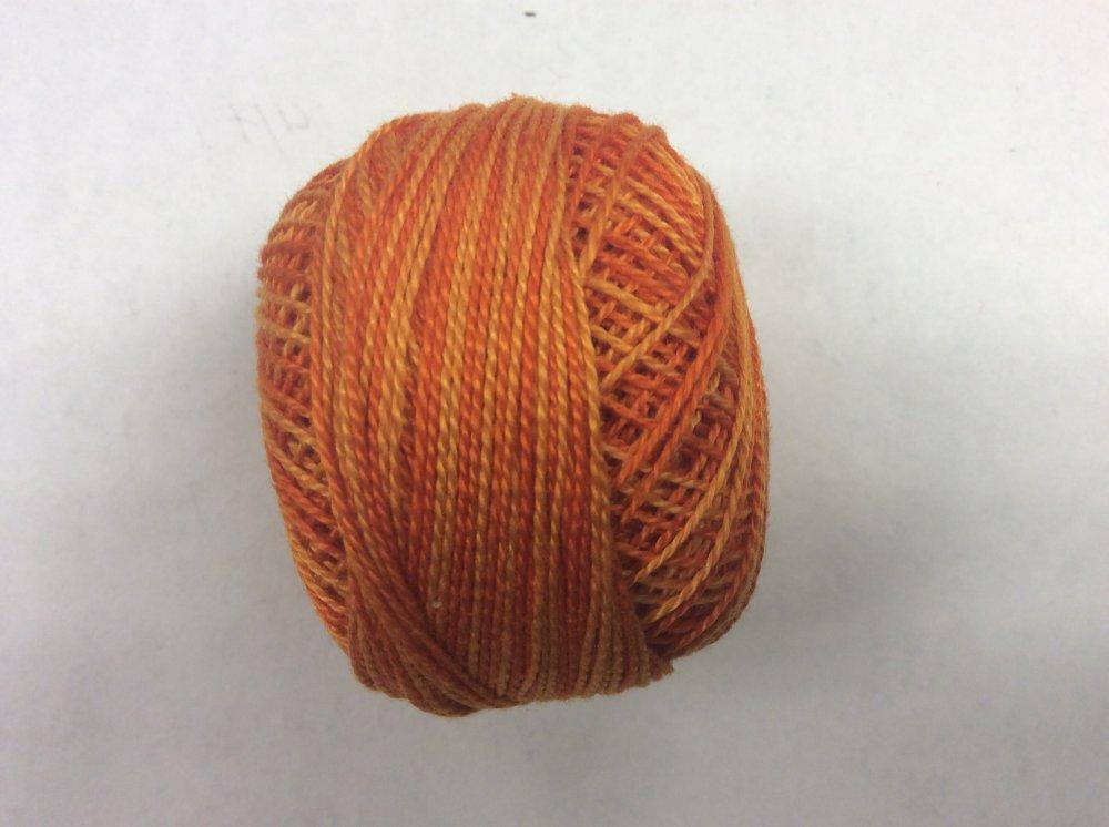 0244 Valdani 12 thread variegates