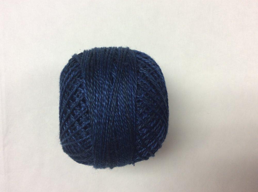 0515 Valdani 12 thread variegates