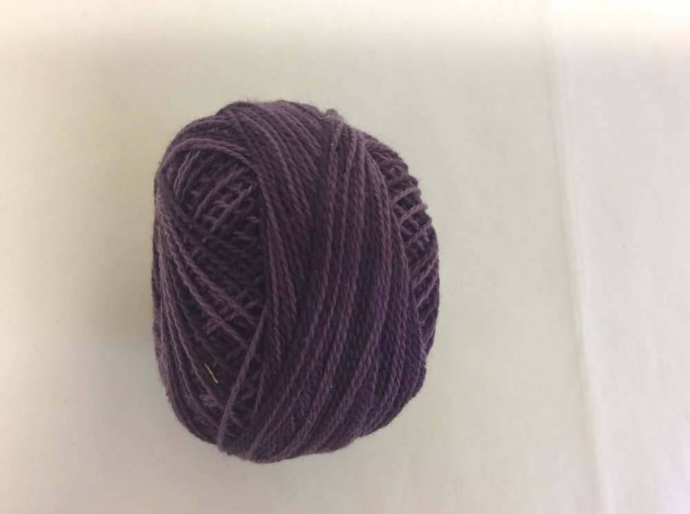 086 Valdani 12 thread variegates