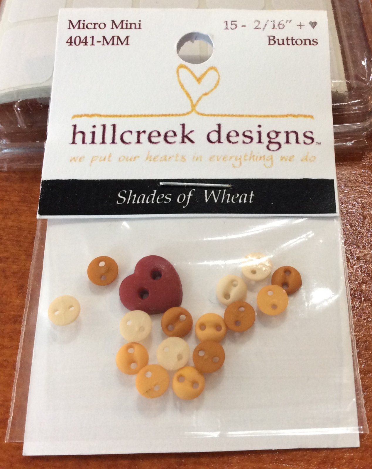 4041MM Shades Of Wheat Micro Buttons