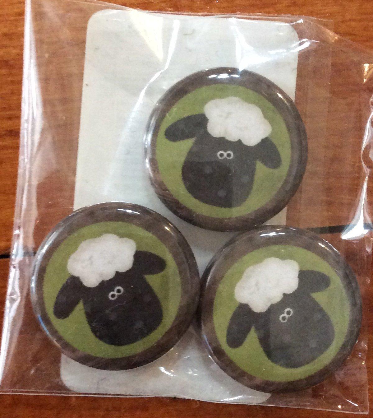 1 Mini Sheep magnet