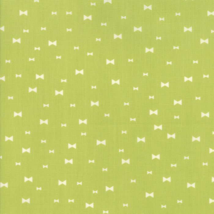 Clover Hollow Leaf Green 37554-16