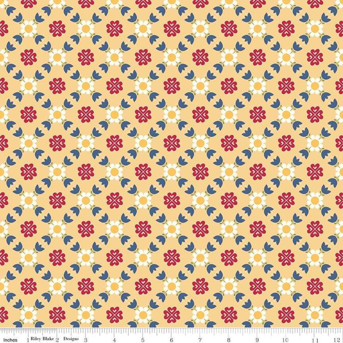 Gretel Lattice C7831 Yellow Amy Smart