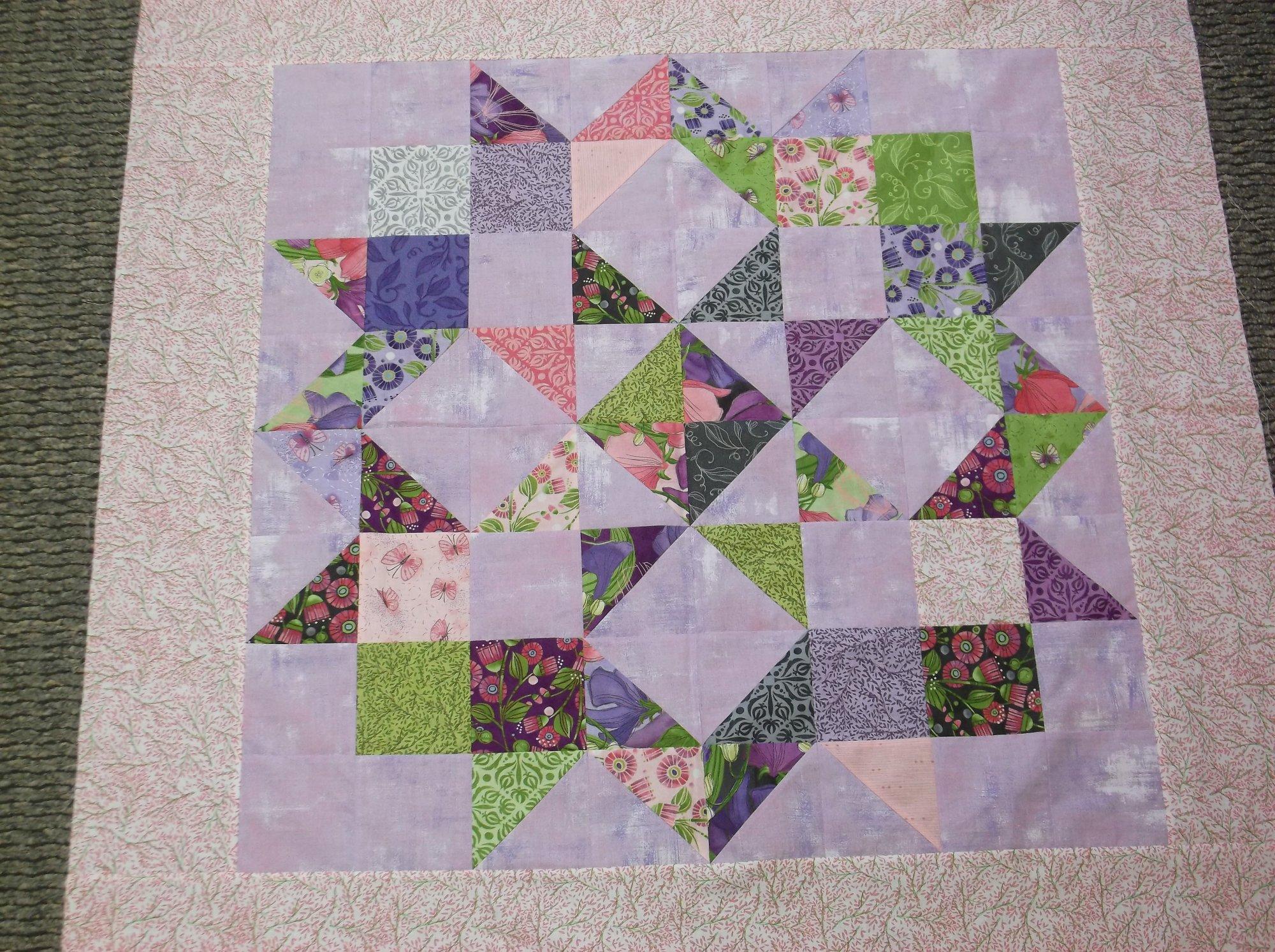 Moda Love quilt kit Sweet Pea Robin Pickens