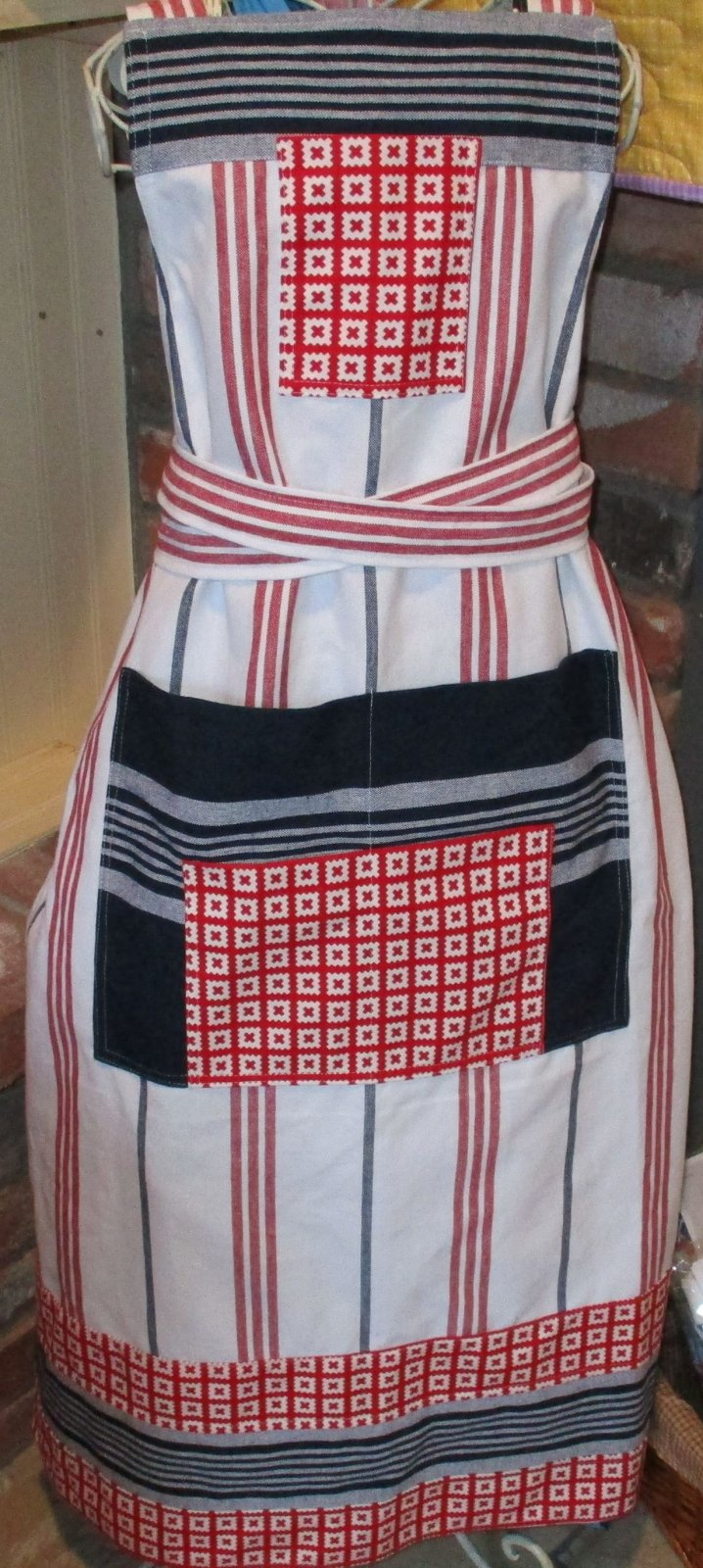 Utility Apron Red/white and blue apron kit