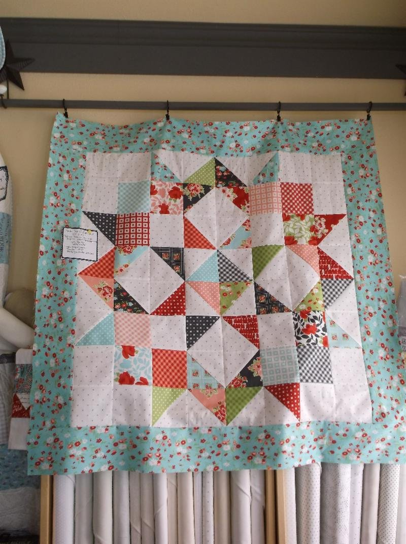 Little Quilt Of Love.Moda Love Charm Quilt Kit Little Snippets Bonnie Camille