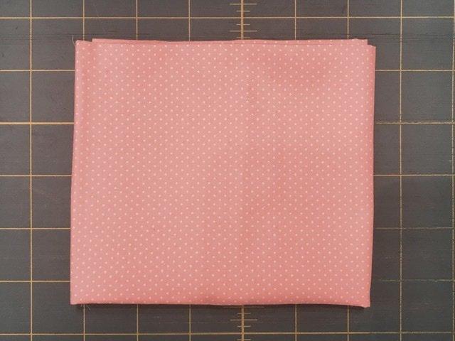 Fat Quarter - Sevenberry pindot pink