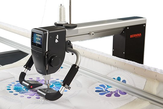 Bernina Q series palm precision handles