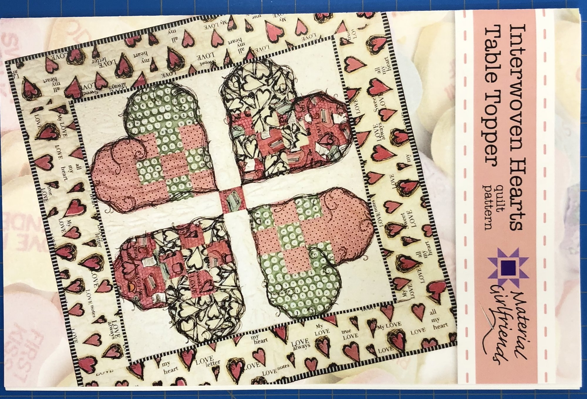 Interwoven Hearts, pattern