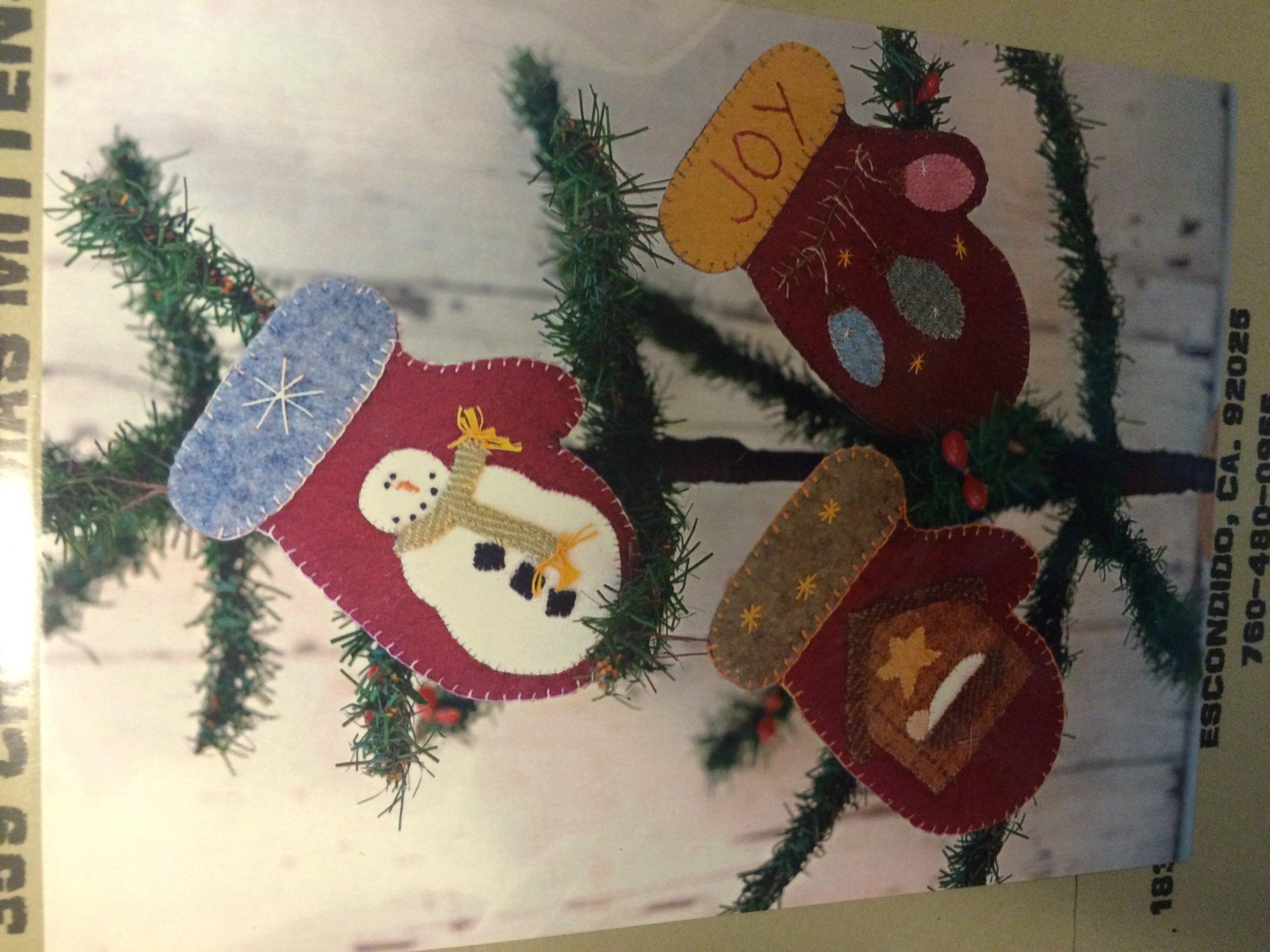 #359 Christmas Mittens