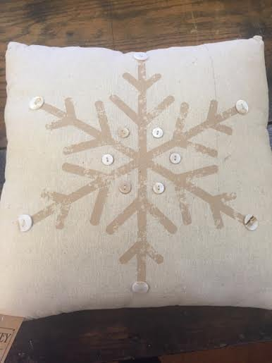 Cream Snowflake Pillow w/buttons