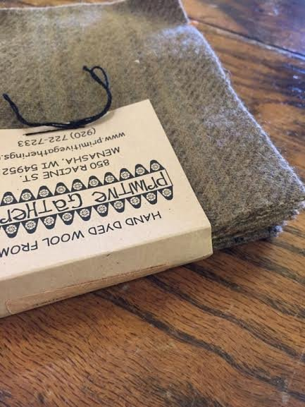 Wool Charms Taupe