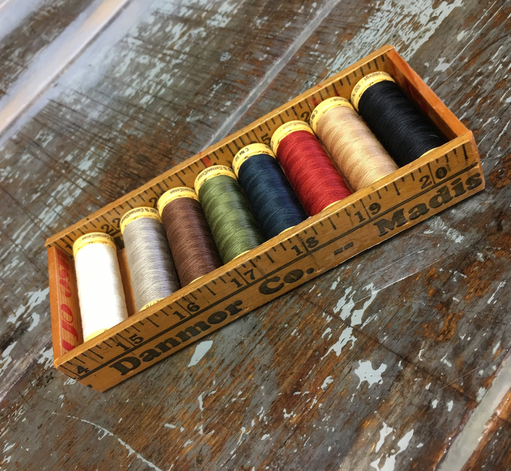 Gutermann Cotton Thread Starter Pack: Janet's Folk Art Colors