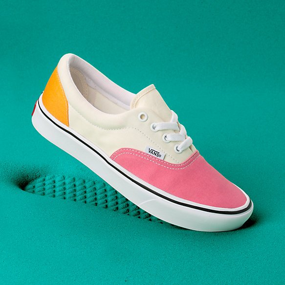 Vans ComfyCush Era (Canvas) Strawberry Pink/Zinnia/True White ...