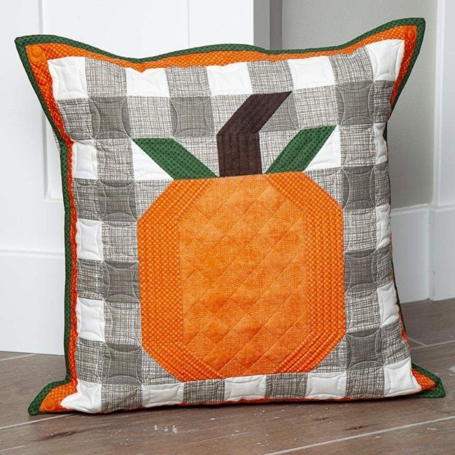 Pre-order Riley Blake Pillow of the Month - November