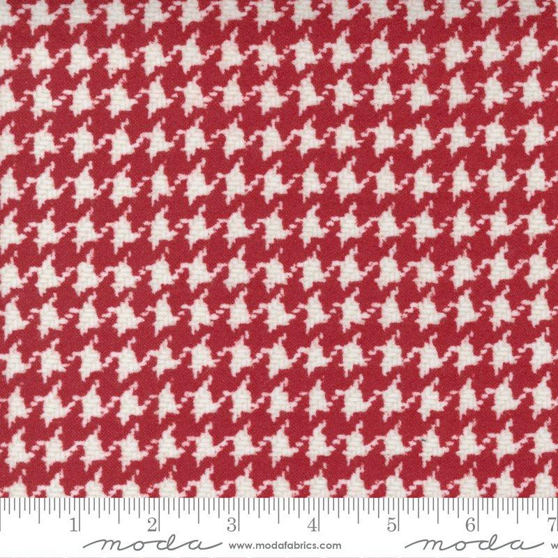 Yuletide Gatherings Flannels - Houndstooth Check 49143 12F Santas Coat