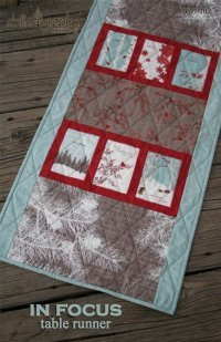 In Focus table runner pattern