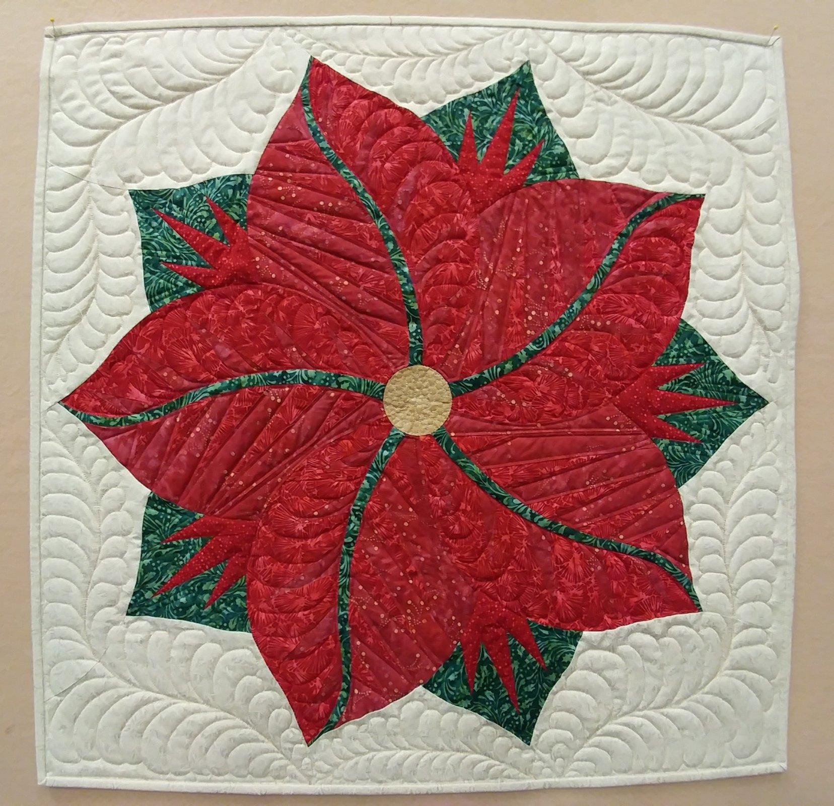 Poinsettia Table Topper Kit - 30 diameter
