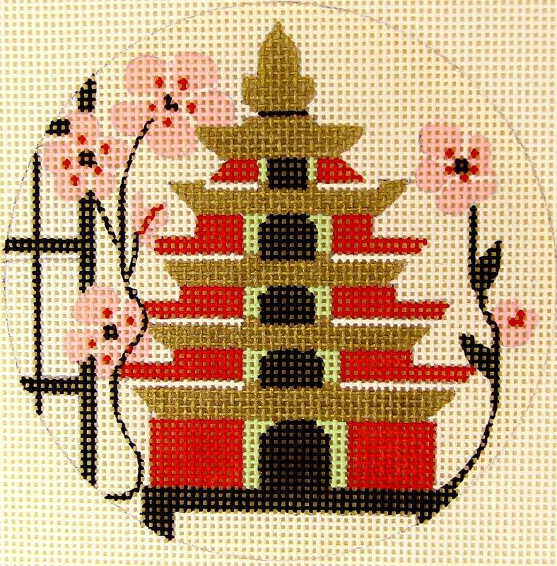 A136 Pagoda Birdhouse