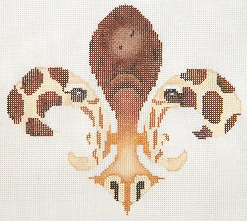 JP Fleur de Lis Giraffe