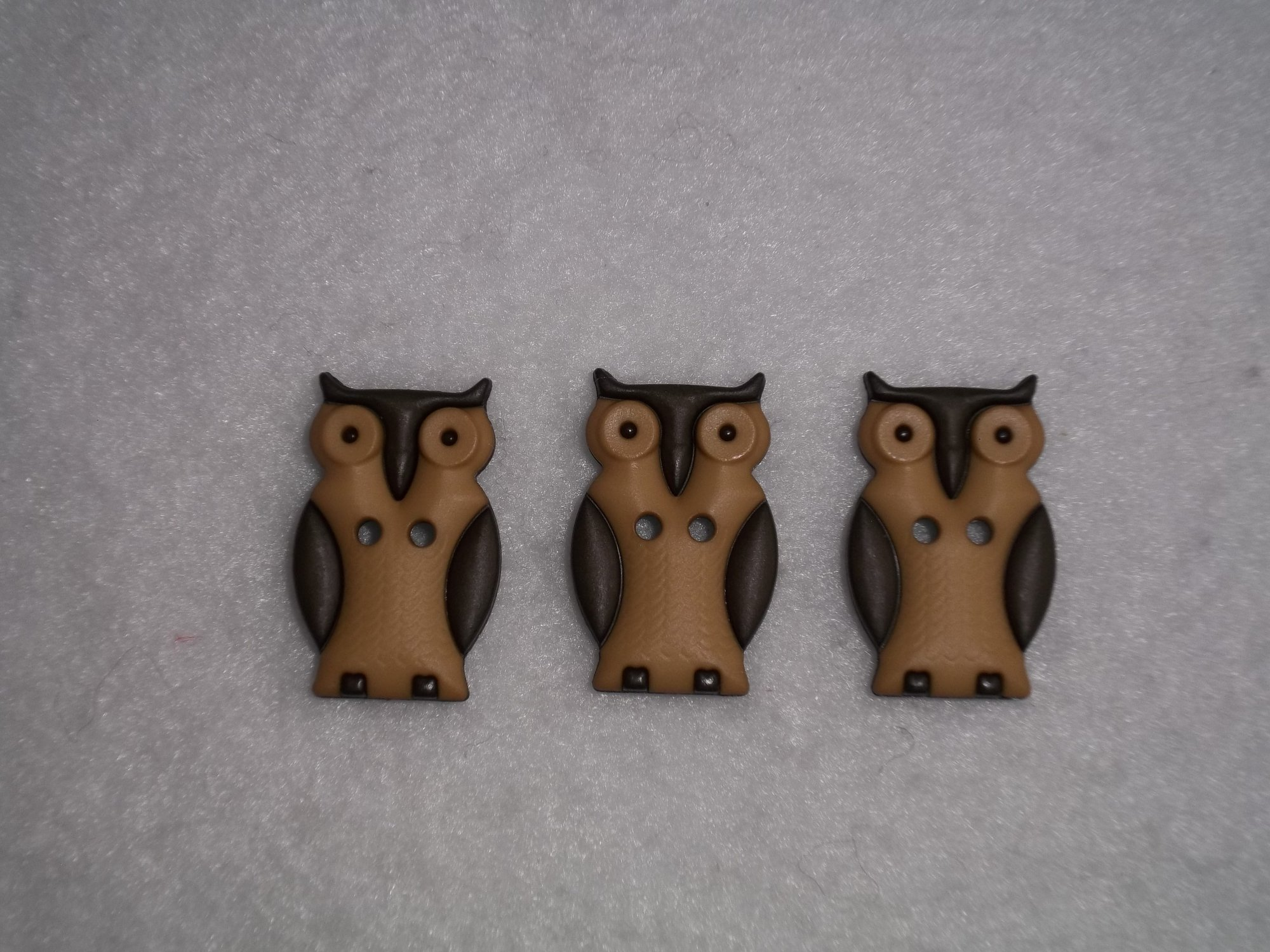 Owl Button in Brown and Tan - 25 mm long - two hole