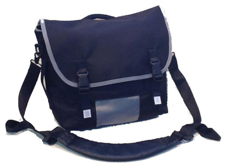 Adventure  Shoulder Bag  (Gen 1)(Short flap design) MCM83BKG1