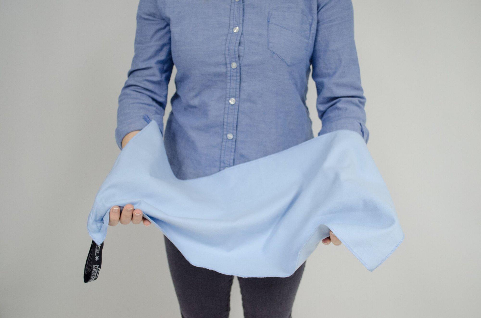 Microfiber Hand Towel Lighy Blue 12x24 International Luggage Collection MF24LB