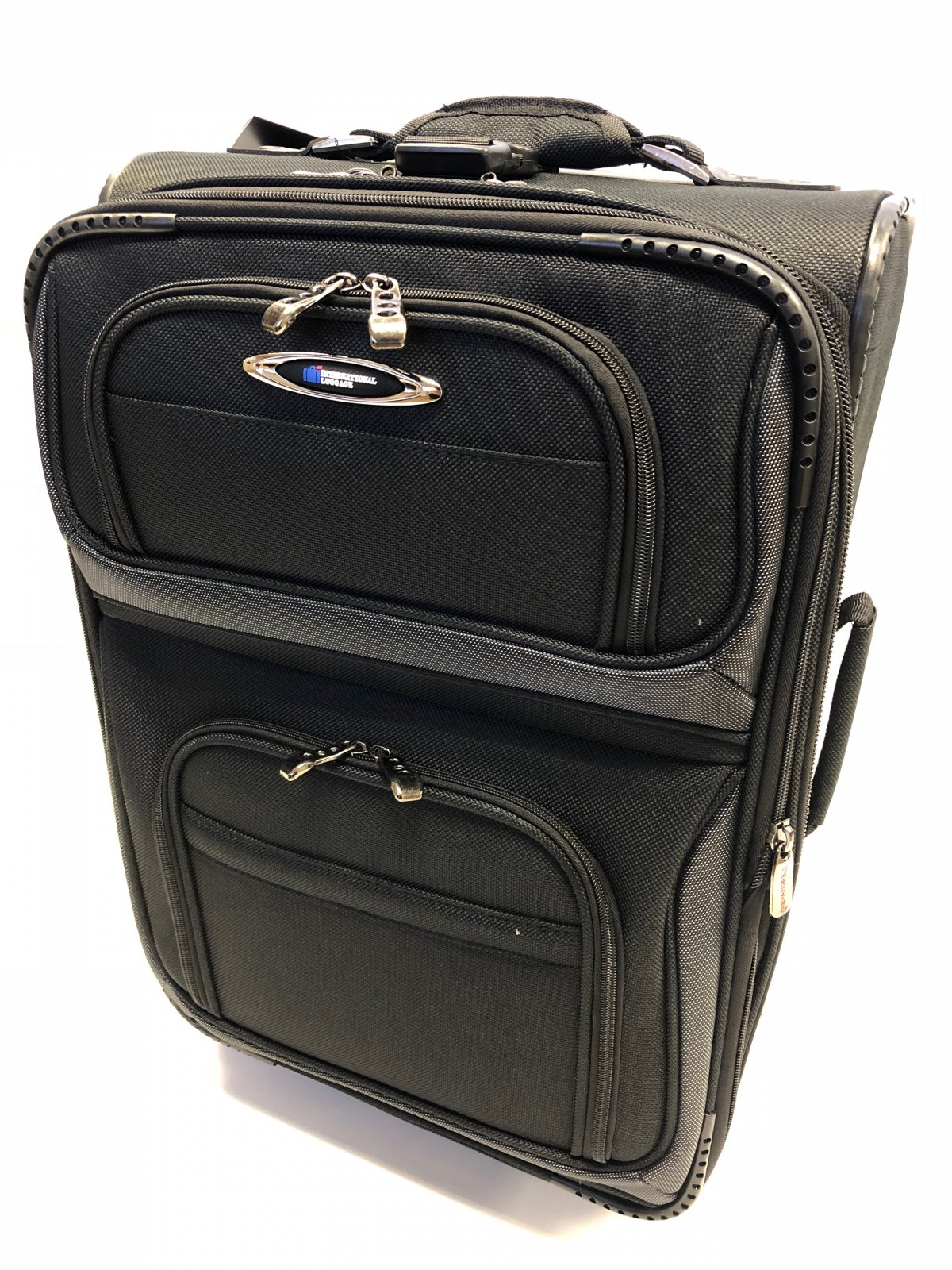 Rocky Mountain Series 21 Carry On Black (domestic travel dimensions)