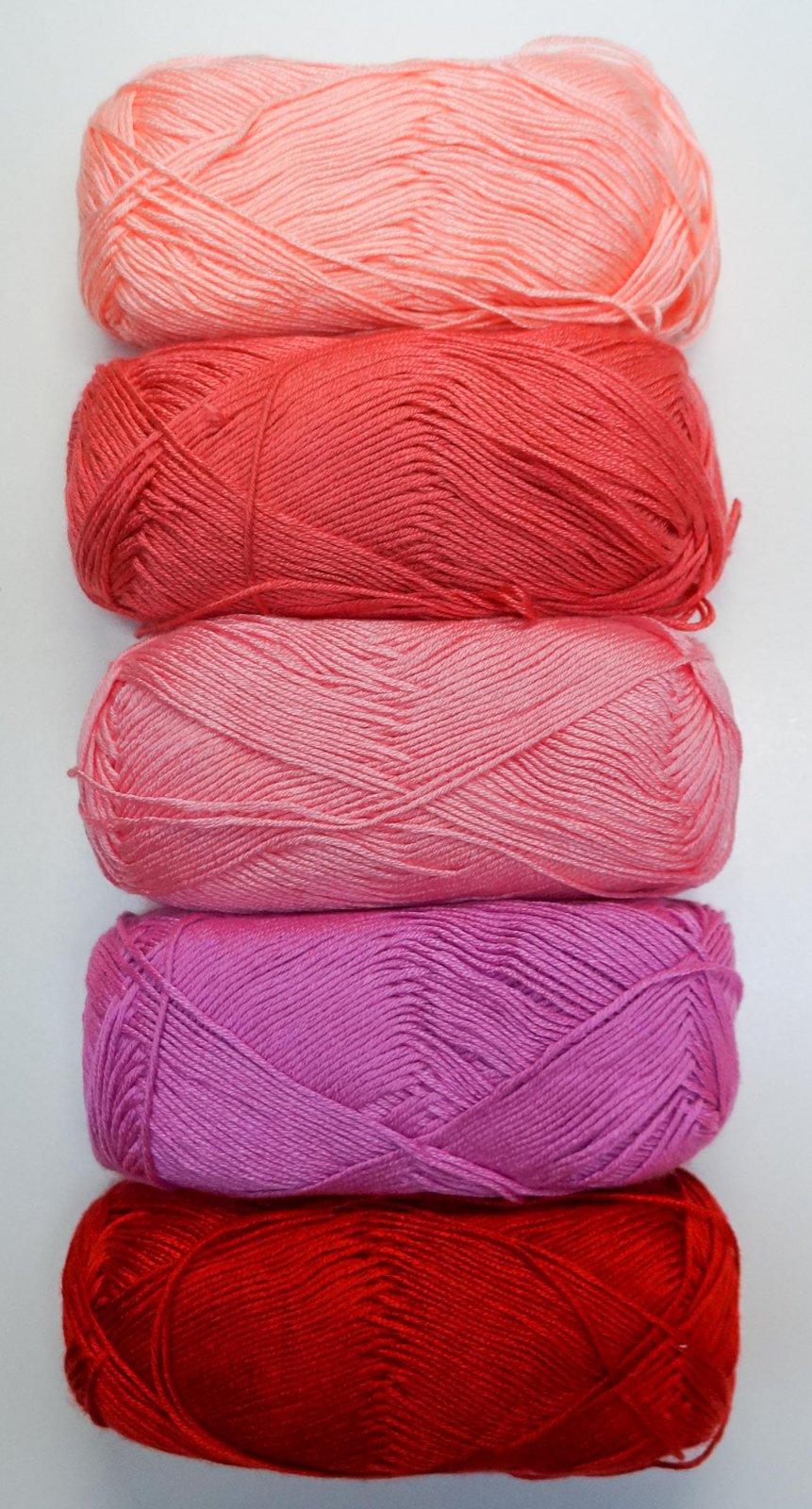 300-White Bella Diamond Baby Blanket Knitting Kit