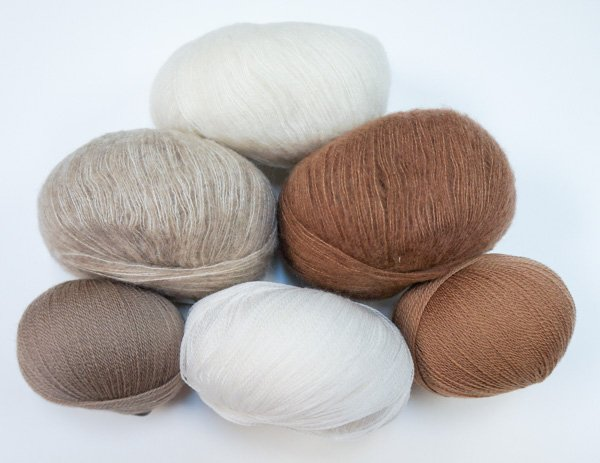 Skylar Shawl Kit (Filatura Di Crosa)