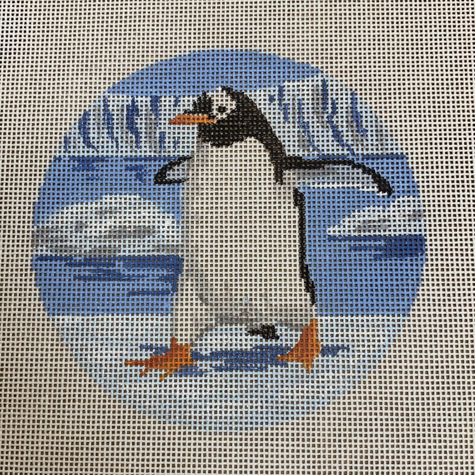 LL354 Frolicking Penguin