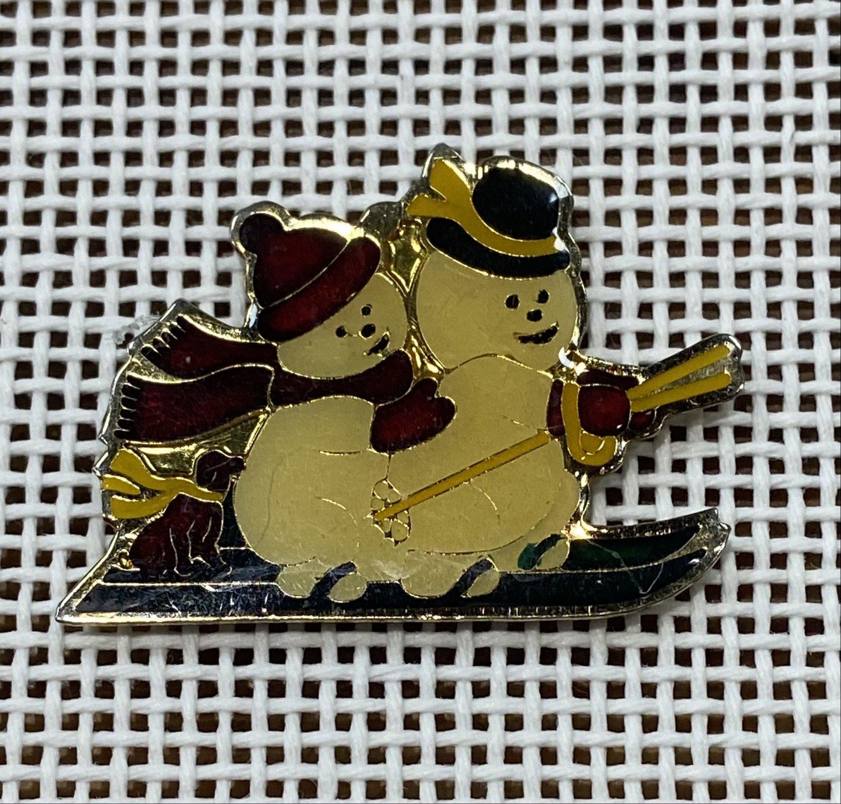 Snowmen Needle Minder Magnet