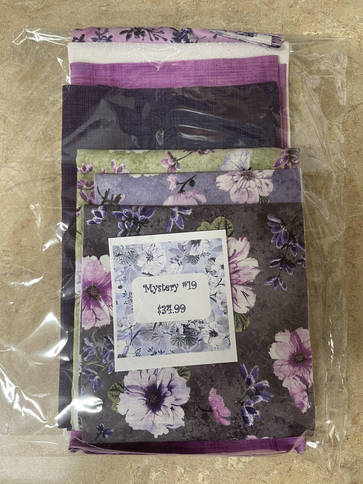 Mystery #19 Fabric Kit
