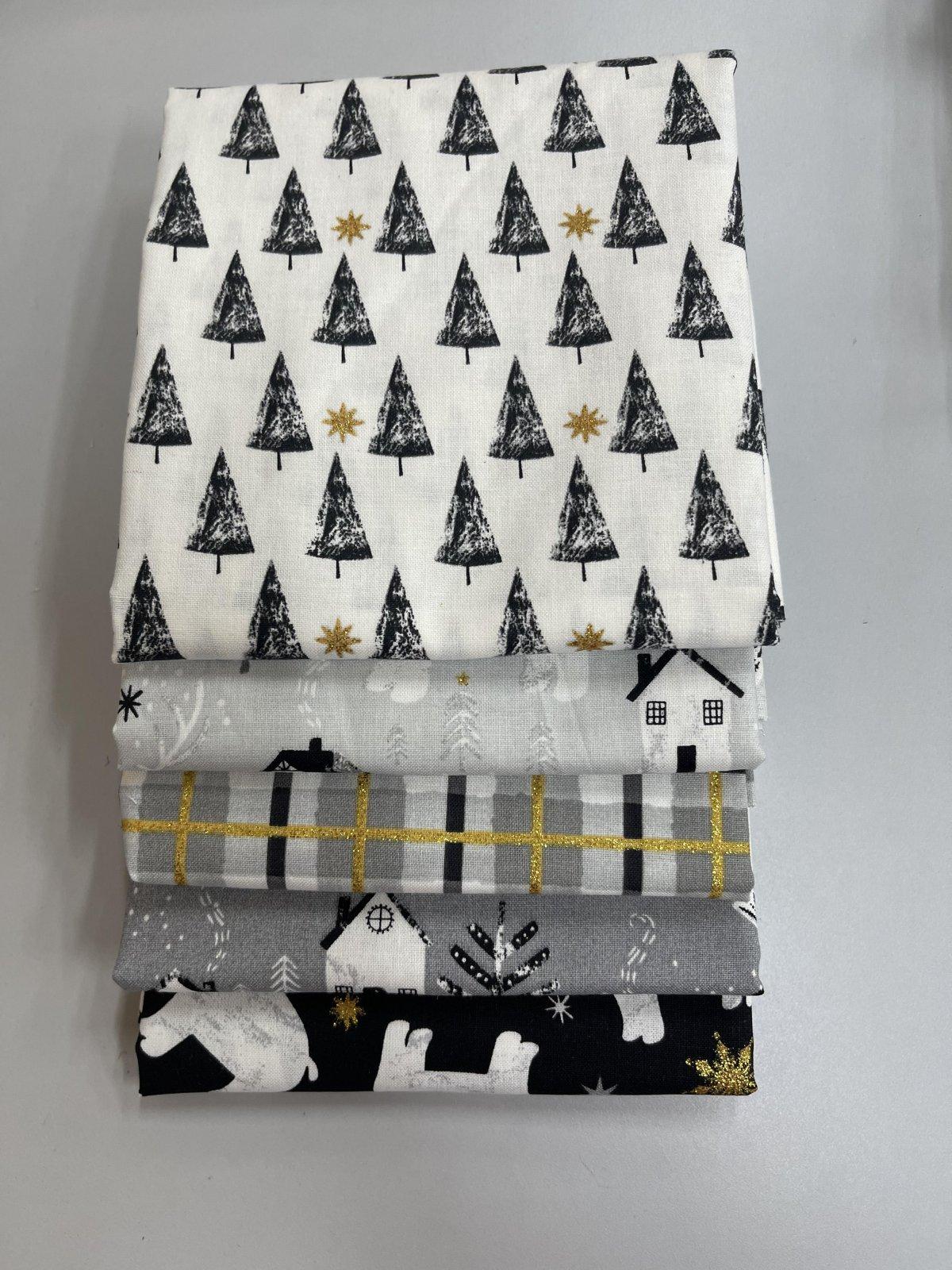 Peace on Earth Fabric Bundle - 2 1/2 yards