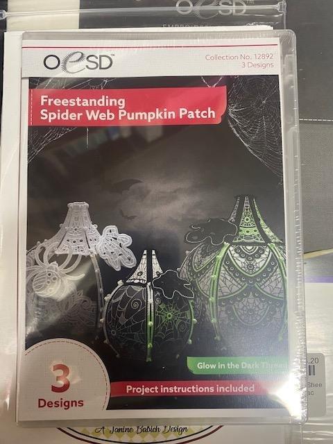 OESD Freestanding Spider Web Pumpkin Patch