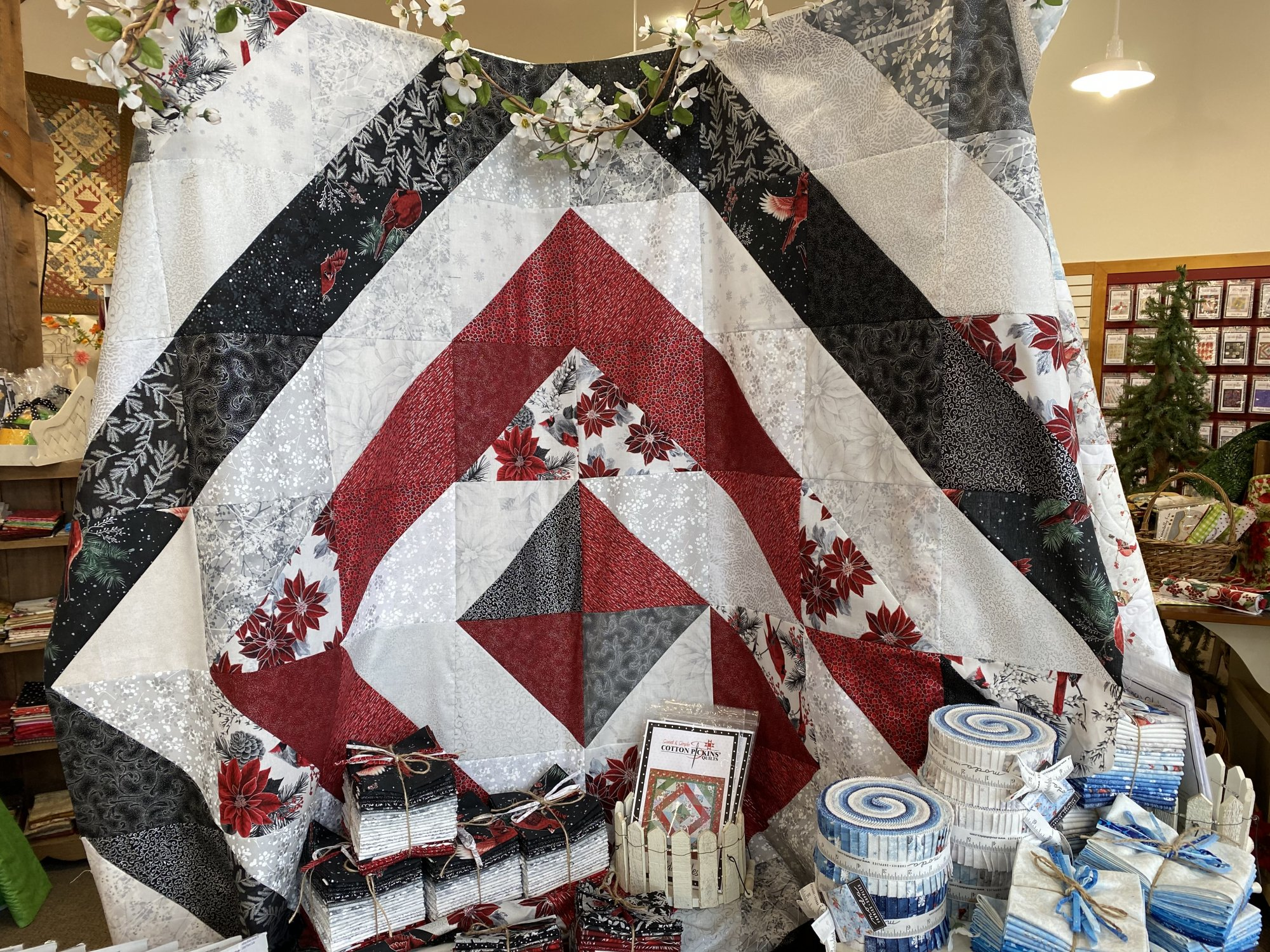 Holiday Decadence Queen Size Quilt Kit