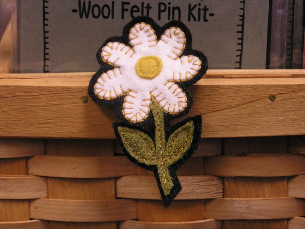 Spring Daisy Pin Kit