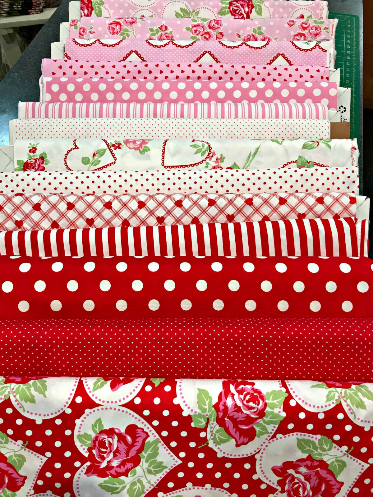 Sweetheart Valentine - 14 Fat Quarters