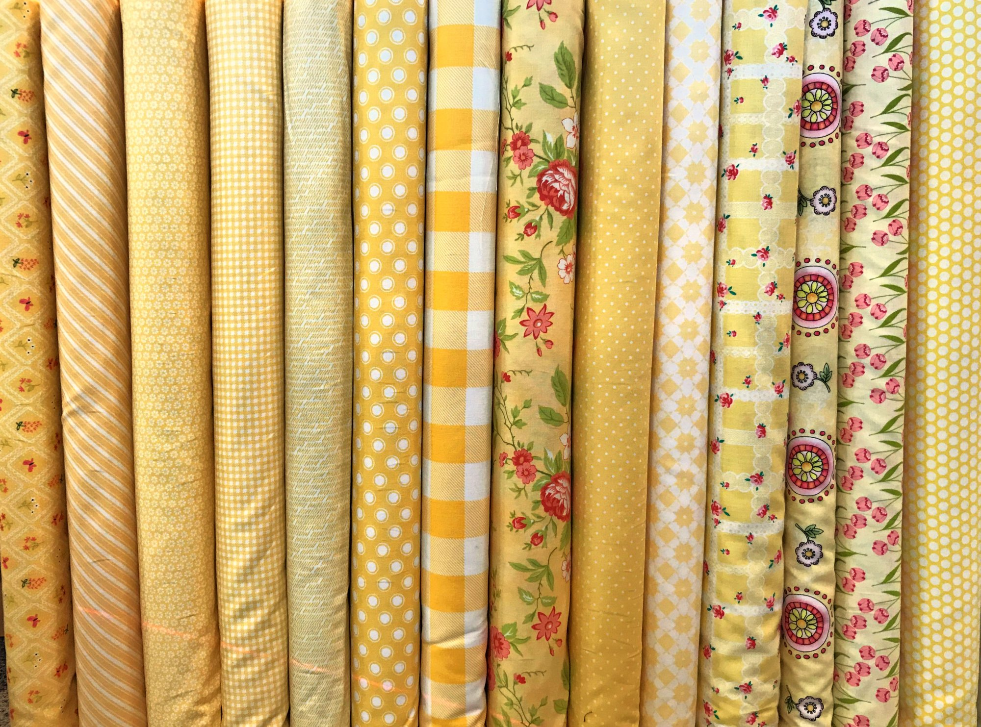 Happy Yellows Fat Quarters - 14 FQ's