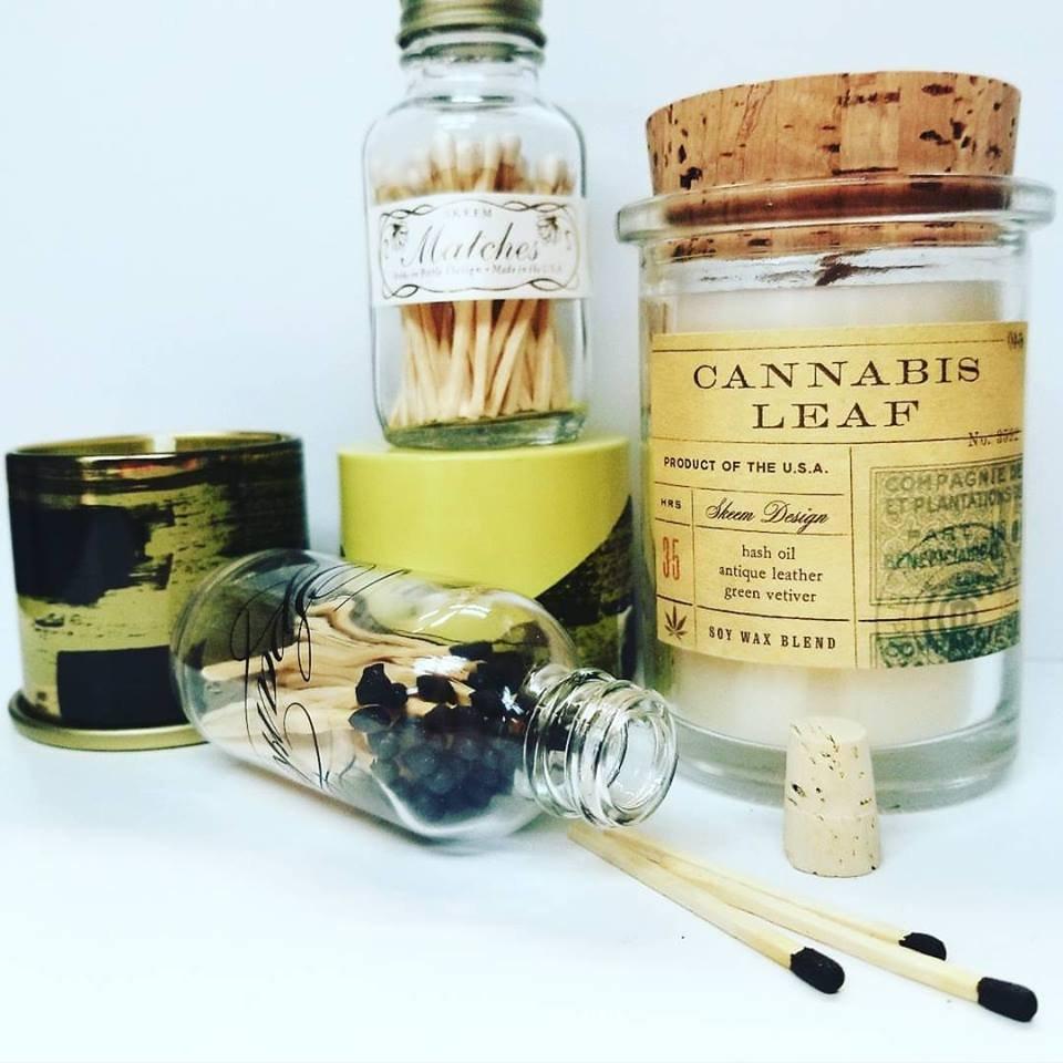 Field Jar Soy Candle - Cannabis Leaf