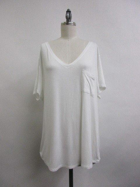 Tee - V-Neck WHITE * Women's Plus Size
