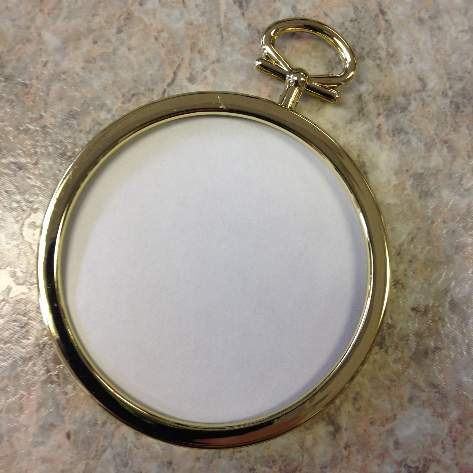 2.25 Gold Round Frame