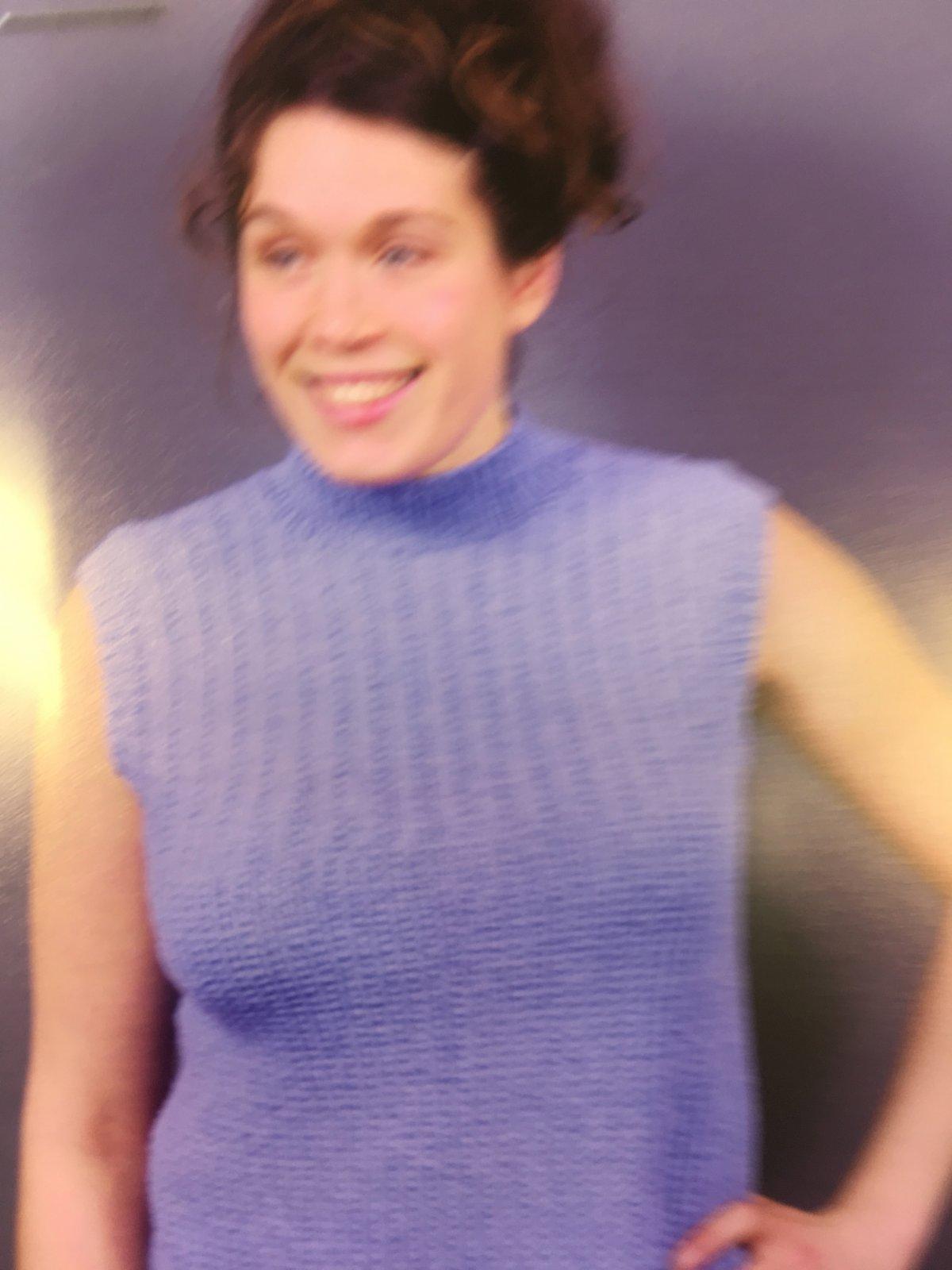 Breeze Textured Sleevless Pullover