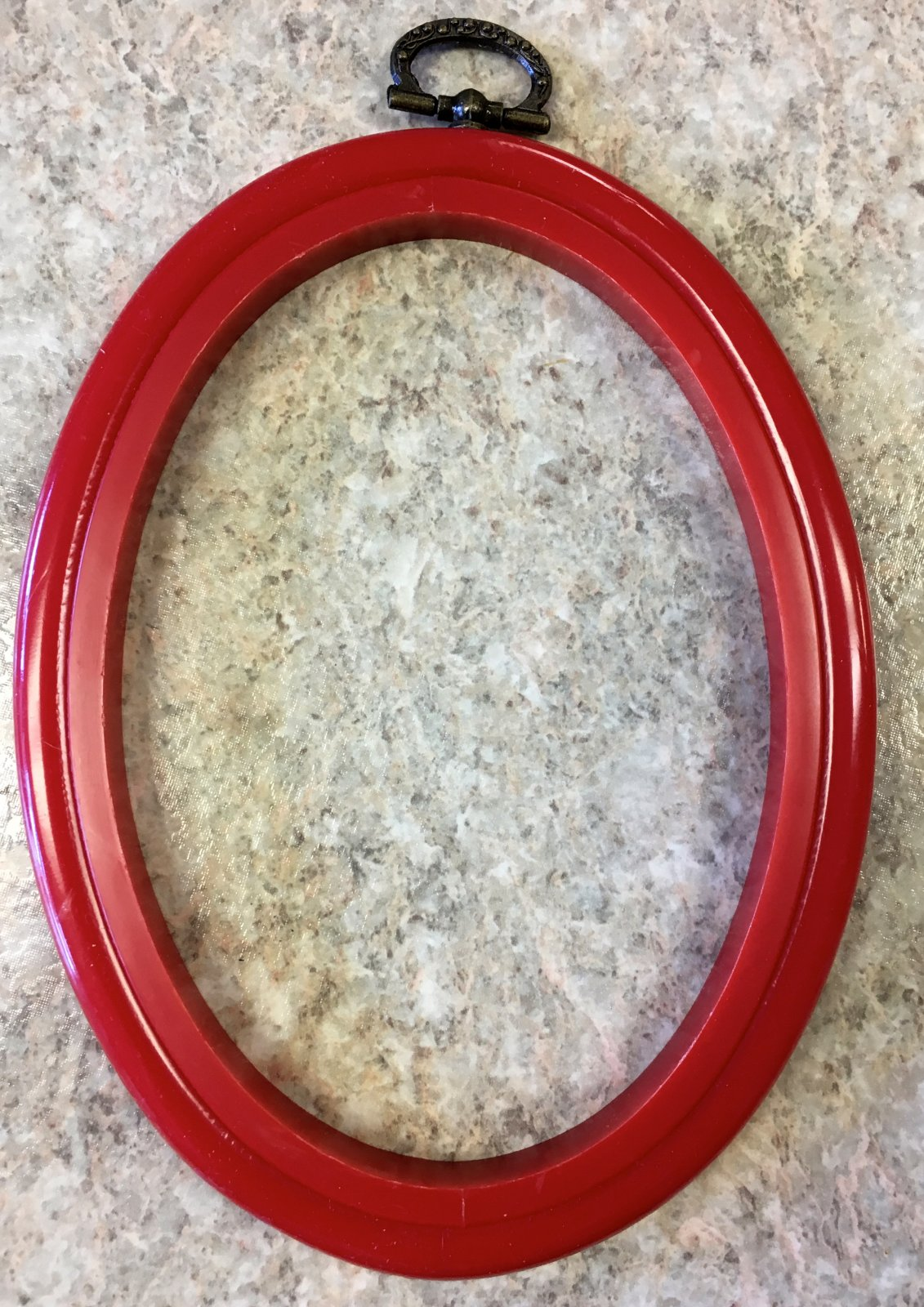 4 X 5.5 Red Oval Hoop Frame
