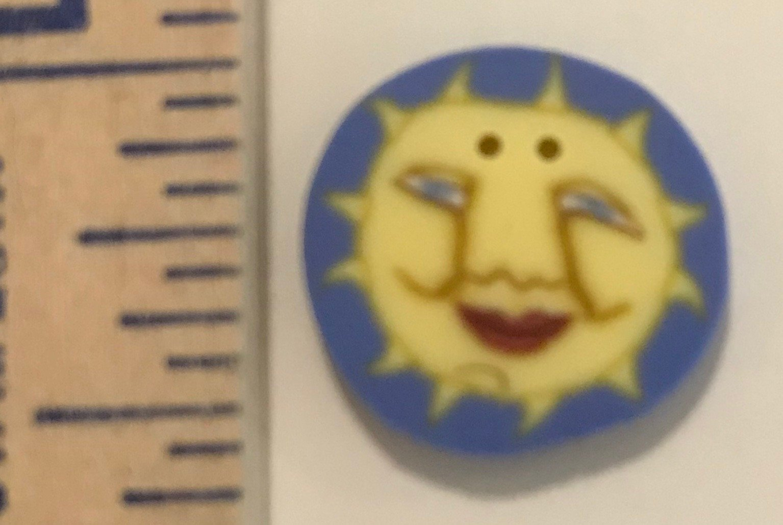 Small Sun Button